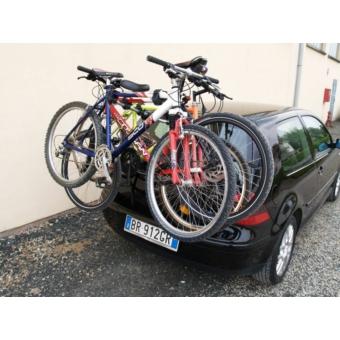 Menabo Mistral kerékpárszállító hátsó ajtóra